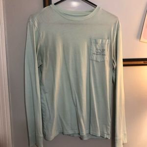 Men's Vineyard Vines long sleeve tee (small)